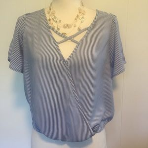 NWT Lovefire top size extra small.